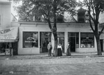 Portland's first vegetarian restaurant ca. 1898.