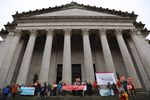 Opponents of the proposed Vancouver Energy oil terminal celebrated in Olympia after hearing that a state energy panel has recommended that Gov. Jay Inslee deny the project.