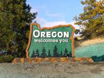 A road sign in southern Oregon welcomes people to the state