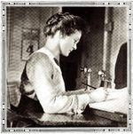 Fern Hobbs at work, 1913.