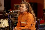 Nilufer Yanya plays an opbmusic Live Session at Type Foundry Studios